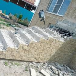 Демонтаж лестницы